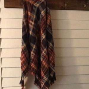 Triangle Plaid  Scarf / shawl